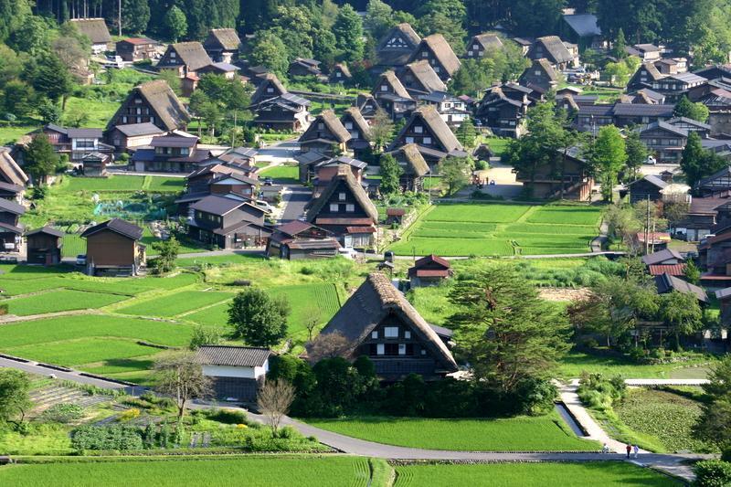 白川郷(日本の原風景が広がる世界遺産の合掌造りを散策) ②