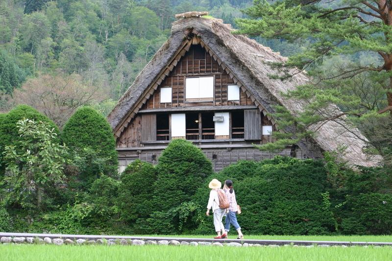 白川郷(日本の原風景が広がる世界遺産の合掌造りを散策) ③