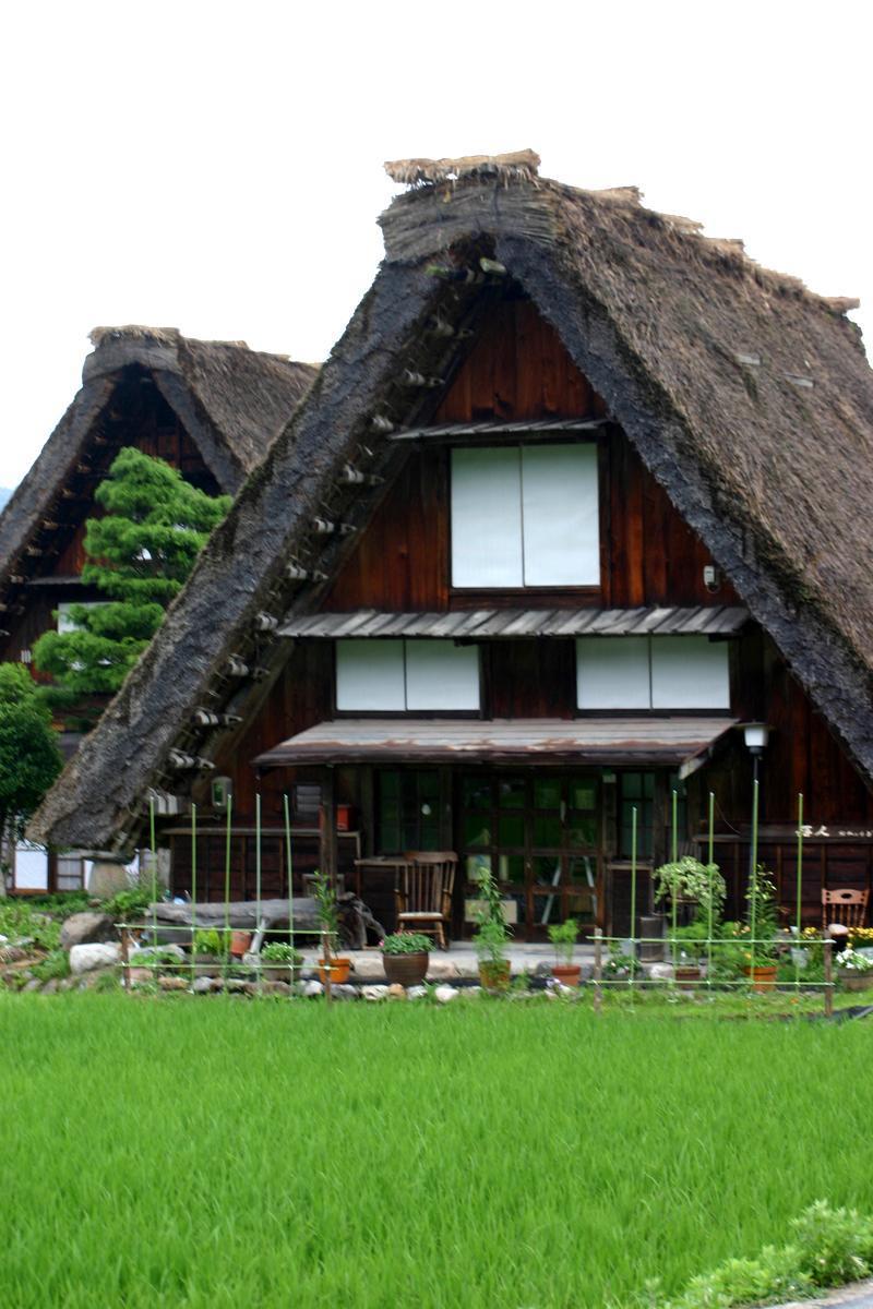 この梅雨が明ければ、季節は夏(^O^)/今年こそは前もって旅行計画をして充実した夏休みを。。世界遺産 白川郷 ⑤