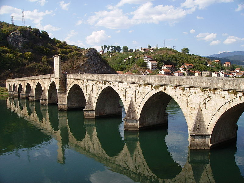 800px-Visegrad_Drina_Bridge_1.jpg
