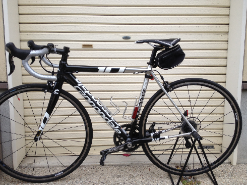 自転車の 自転車 ツールケース 中身 : サドルバッグの中身をリストラ ...