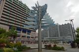 垂水東口・いかなご広場。