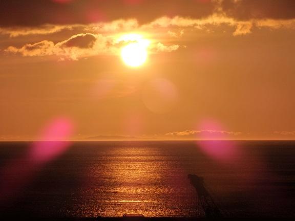 熱海港 朝焼け