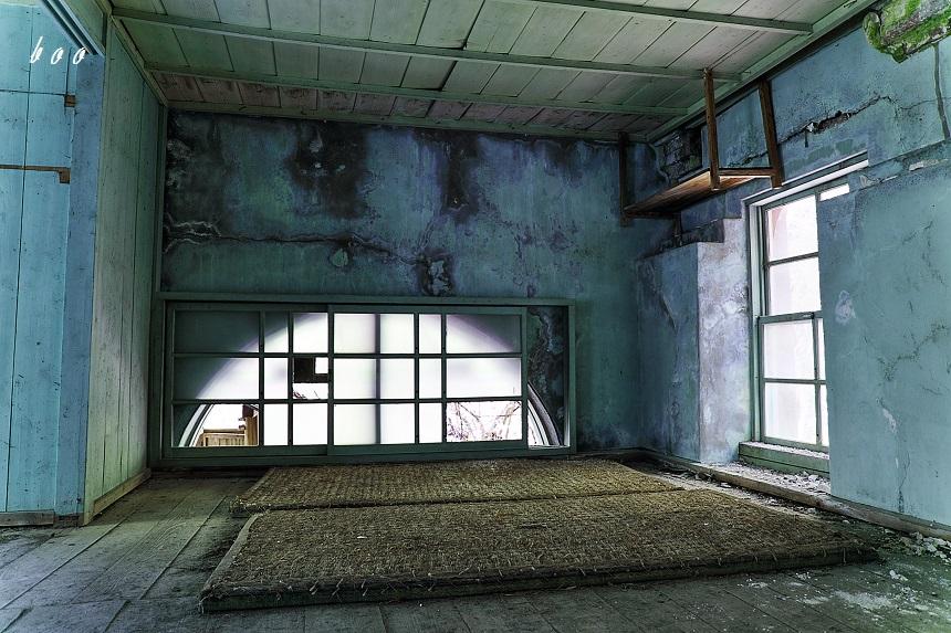 発電所二階