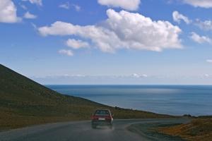 https://blog-imgs-65-origin.fc2.com/k/o/s/kosstyle/lonely-road-iceland-1325790-m.jpg