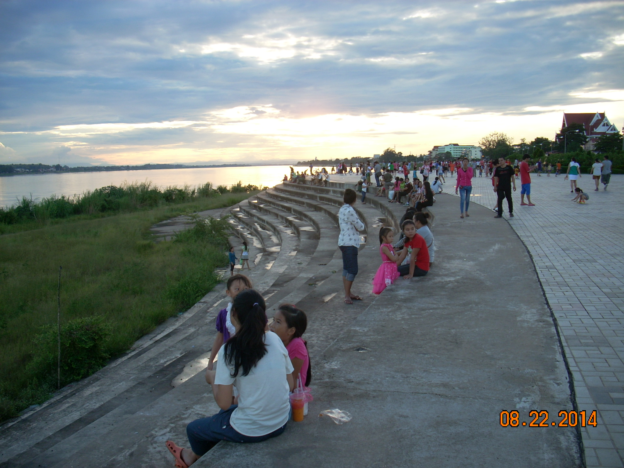 メコン河夕涼み1