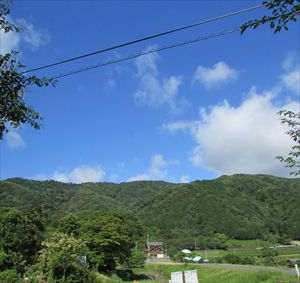 初夏の池田山_R