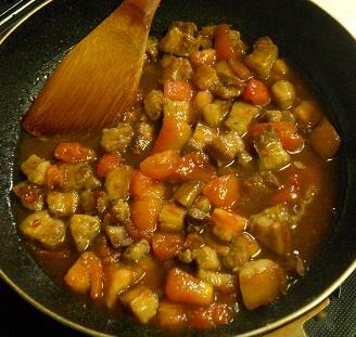 豚ばら肉とトマトのチャーハン9