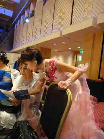 叔母のダンスパーティー 2 横顔