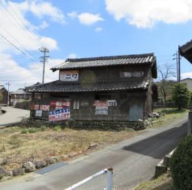 2014_03 22_多気町へ行く途中の廃屋・1