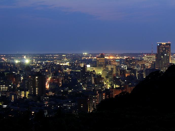 金沢市の夜景 卯辰山より