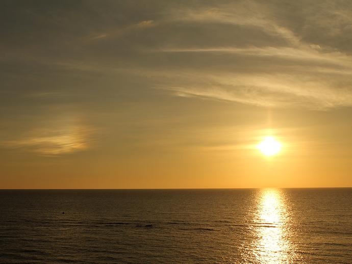 夏の夕暮れに現れた「幻日」現象