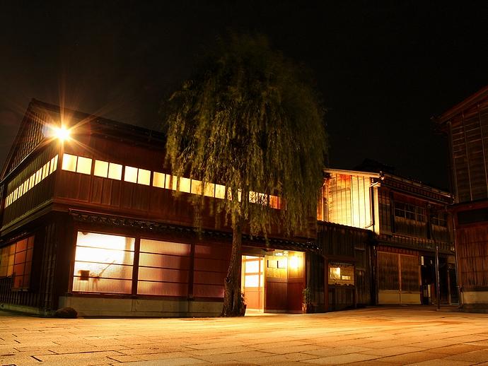 金沢市夜のひがし茶屋街