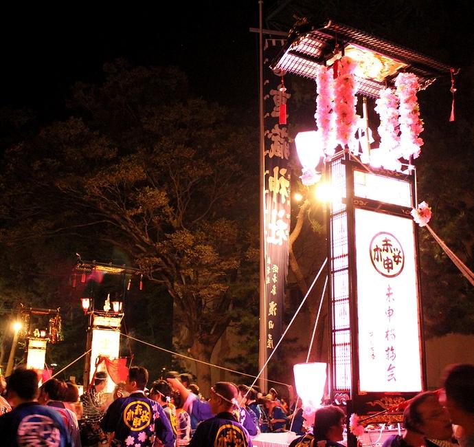 賑わう輪島大祭 重蔵神社にて