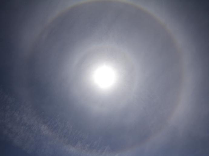 9度ハロという現象(石川県白山市にて)