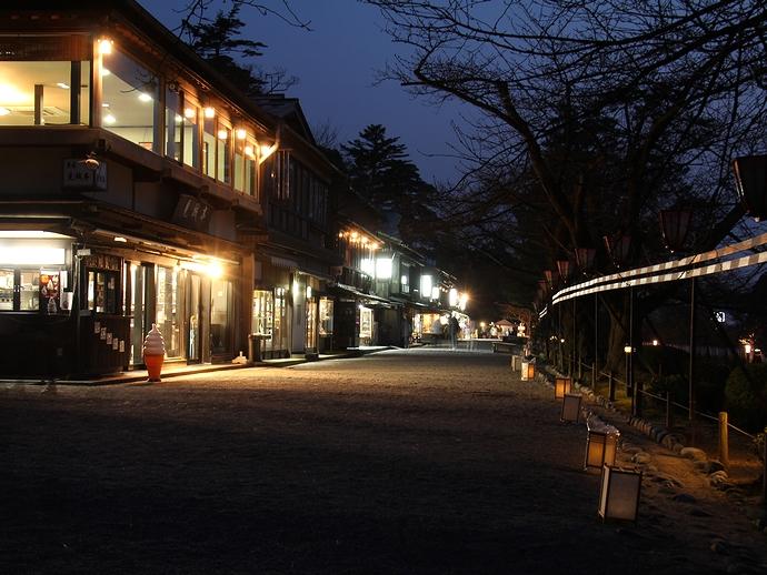 兼六園の茶店通り 春のライトアップ