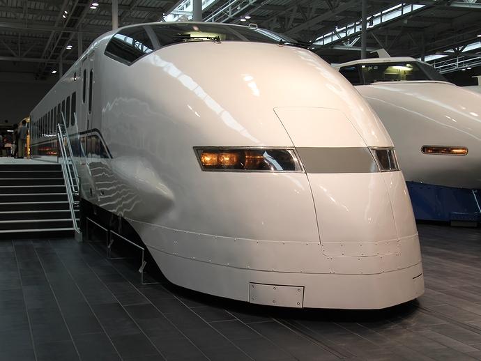 300系新幹線車両(リニア・鉄道館にて)