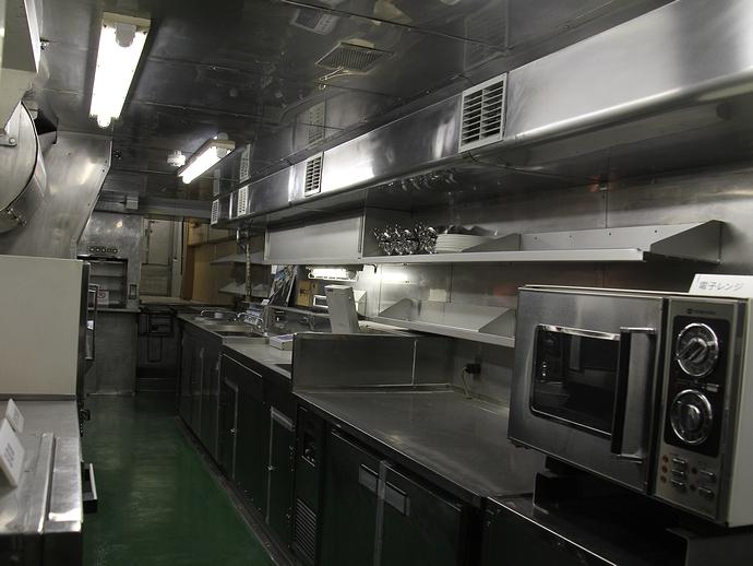100系の厨房の様子