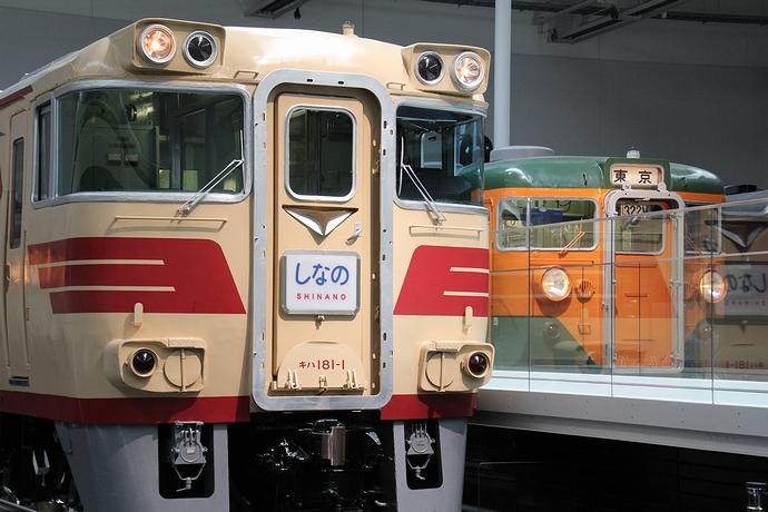 リニア・鉄道館の実車展示スペース