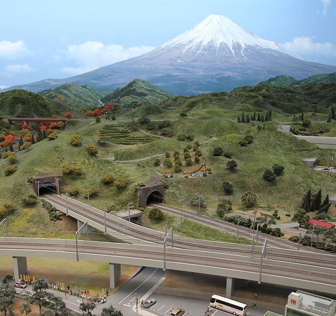 東海道新幹線静岡沿線の光景(リニア・鉄道館のジオラマ)