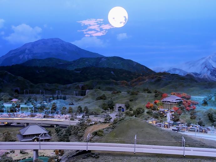 古都の夜の情景(リニア・鉄道館のジオラマ)