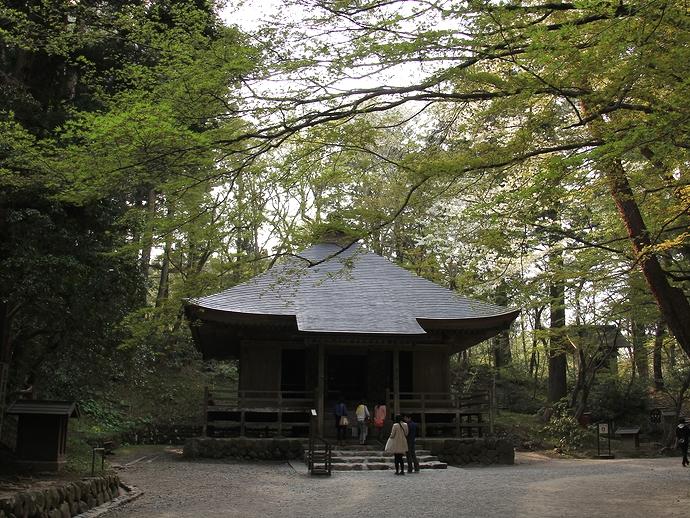 中尊寺の「経蔵」(重文)