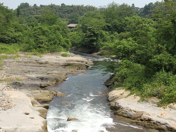 「大桑貝殻橋」から眺めた犀川中流
