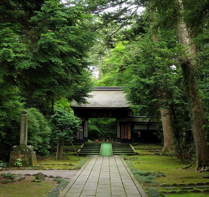 金沢の大寺院 大乗寺の総門