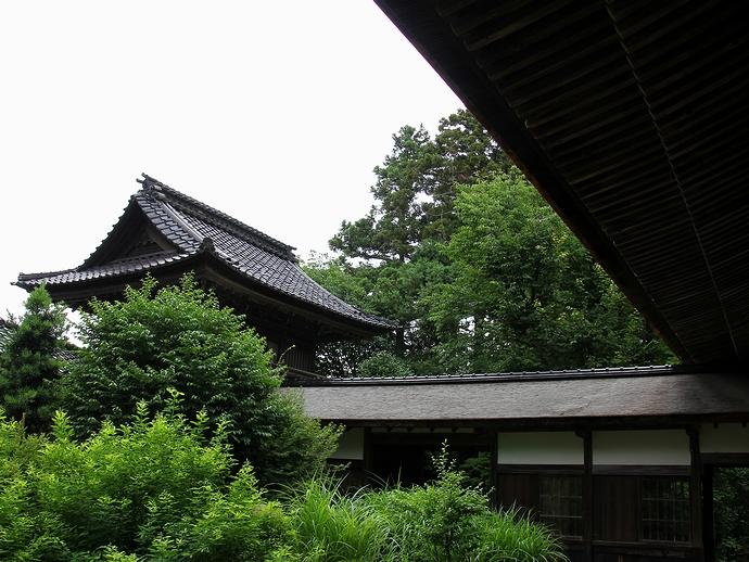 金沢市大乗寺の鐘鼓楼