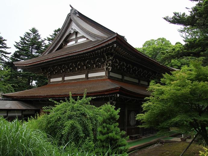 金沢市大乗寺の仏殿(国指定重要文化財)