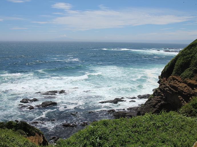 城ヶ島公園の海岸風景