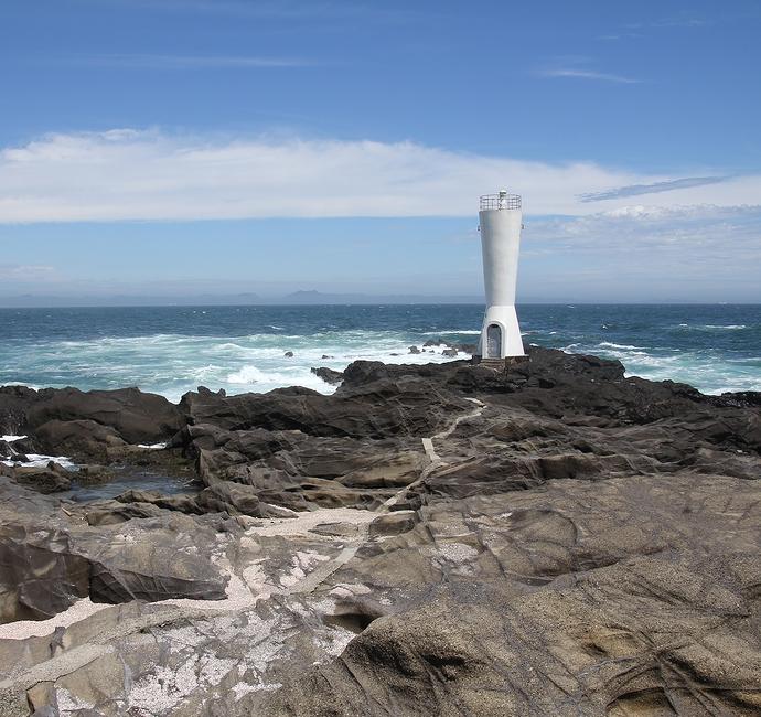 空と海と灯台と(城ヶ島公園)