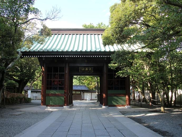 鎌倉・高徳院の山門
