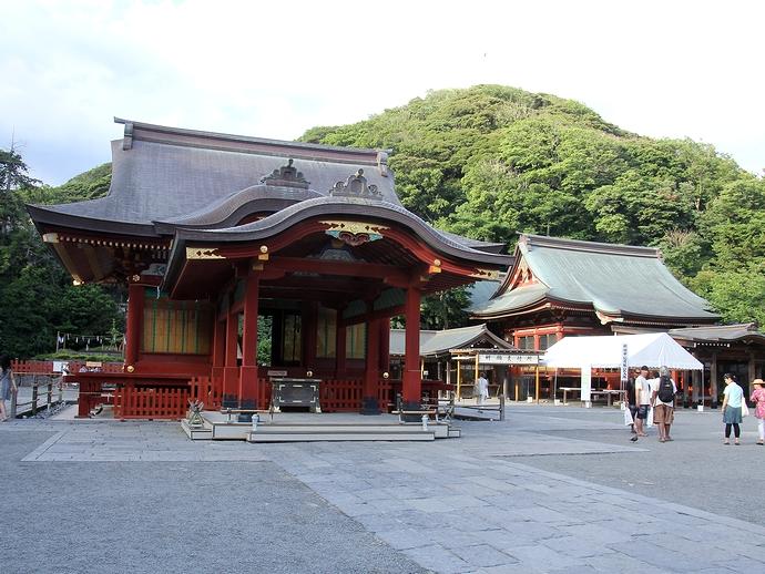 鎌倉・鶴岡八幡宮の舞殿