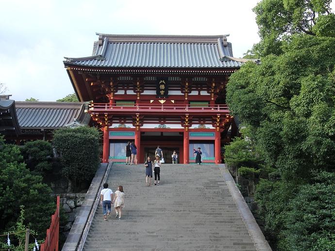 鶴岡八幡宮の大石段