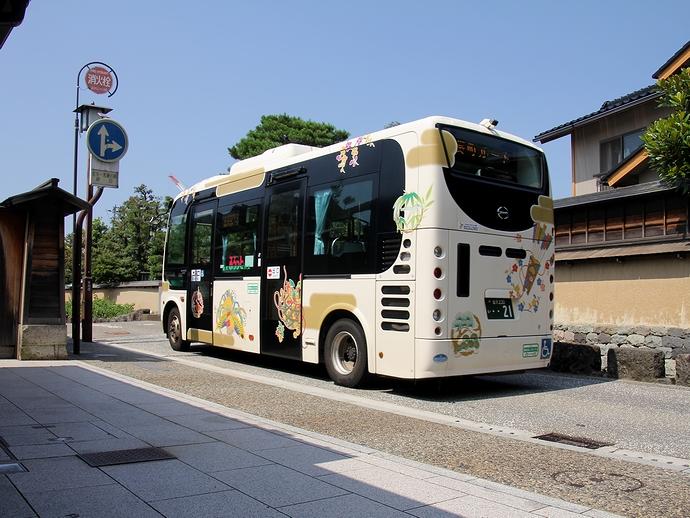 長町を走るコミュニティバス「ふらっとバス」