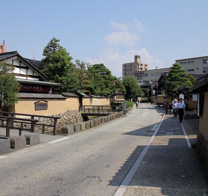 金沢市長町武家屋敷跡の風景