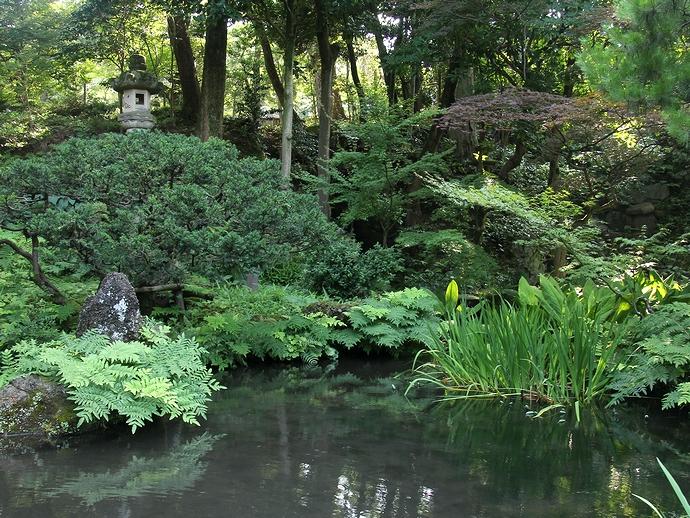 池泉回遊式庭園 玉泉園(金沢市)