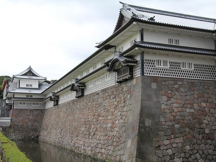 金沢城「五十間長屋」と「橋爪門続櫓」