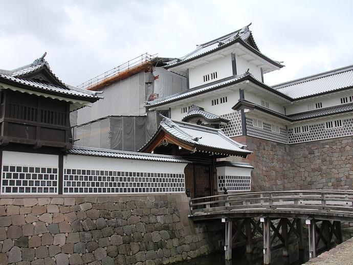 金沢城の「橋爪門続櫓」