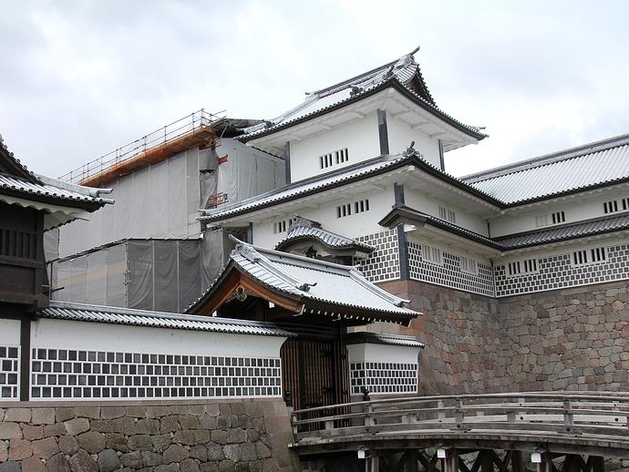 金沢城公園橋爪門続櫓
