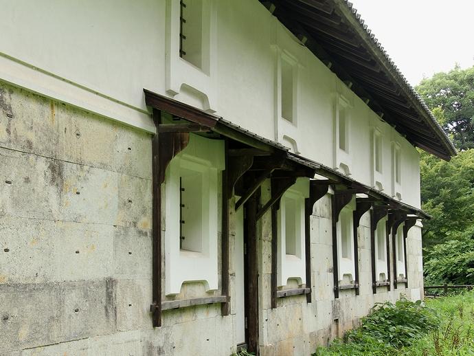 重要文化財「鶴丸倉庫」(金沢城公園)