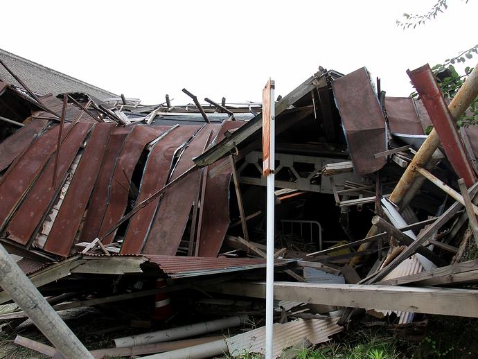 大雪で倒壊した富岡製糸場の施設(乾燥場と思われる)