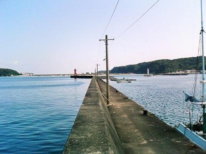 20140809串本漁港赤灯2