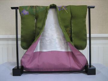 ミニ着物 日本刺繍 あしらい 松に藤2
