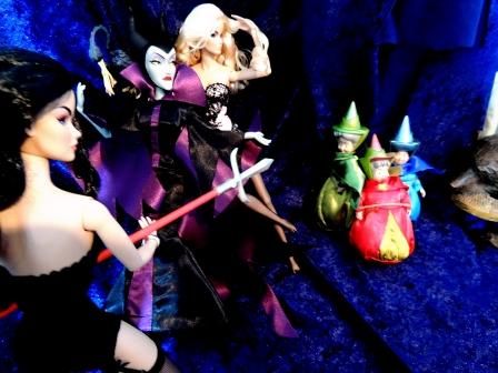 暗躍する魔女たち