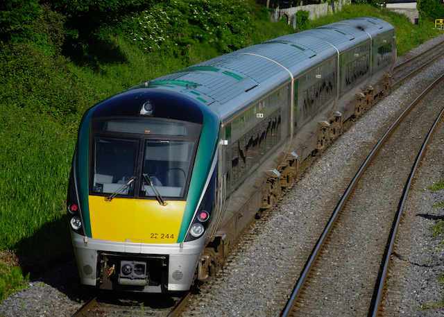 IrishRail InterCityExp 22244