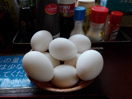 どんぶり勘定卵サービス