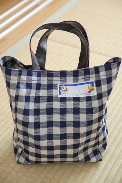 セリアのバッグ