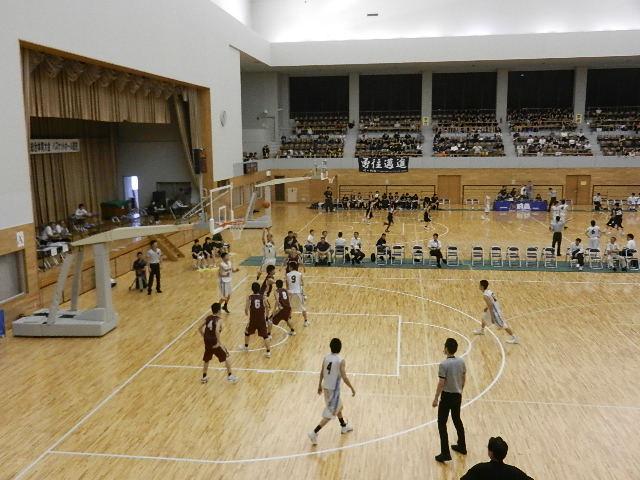 高校バスケ2日目 010